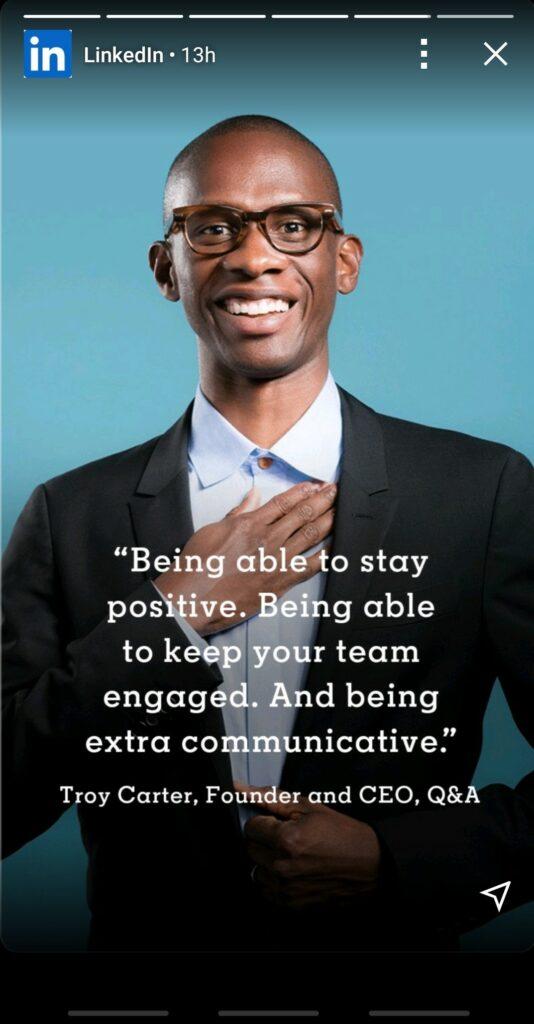 LinkedIn Stories -esimerkki miehestä, joka kertoo johtamisesta nykyajassa.